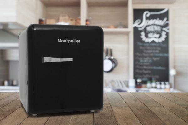 Montpellier MAB50K Table Top Retro Fridge – Black 3