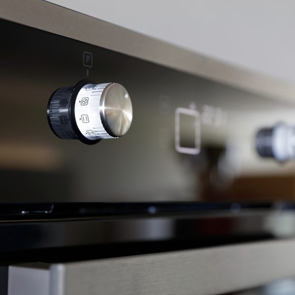 Montpellier SFO67MBX Single Oven – New 2018 Model 1